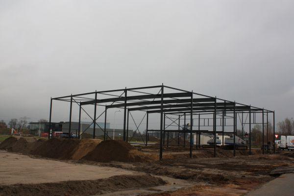 Nieuwbouw 2 stuks bedrijfspanden te Goor.